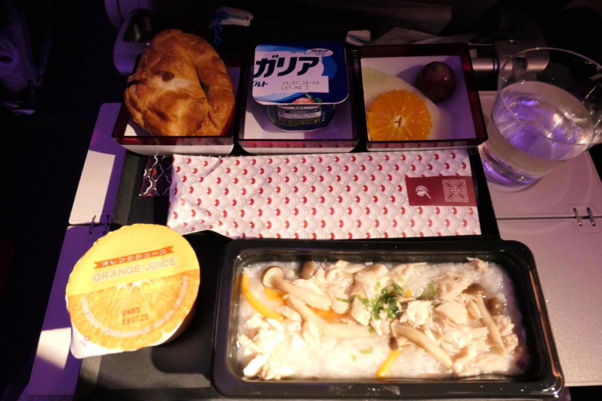 カタール航空 機内食